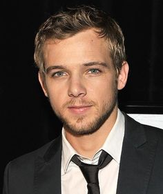 Max Thieriot from House at The End of the Street. Agghh he was adorable in that movie, well at least in the beginning before you found out everything about him....even then I still don't mind xD