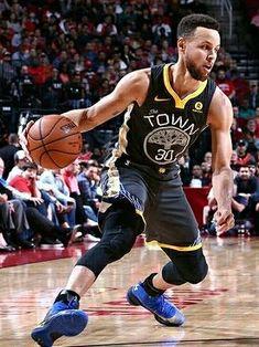Stephen Curry Basketball Skills, Basketball Players, Stephen Curry Basketball, Golden State Basketball, Wardell Stephen Curry, Stephen Curry Pictures, Sports Highlights, Usa Sports, Nba Wallpapers