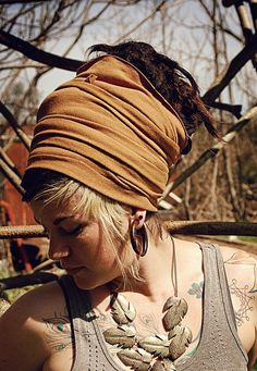 dread wrap, she also has instructions on her flickr for how to wrap it this way