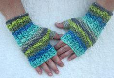 """Handschuhe - Fingerlose Handschuhe """"Eisblau"""" - ein Designerstück von…"""