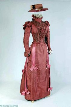Dress, English, ca. 1895-1900. Silk, cotton, beading, embroidery. Mode Museum, Antwerp