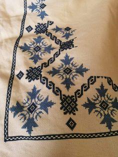 Tiny Cross Stitch, Cross Stitch Borders, Cross Stitch Charts, Cross Stitch Designs, Cross Stitch Patterns, Hardanger Embroidery, Cross Stitch Embroidery, Ribbon Embroidery, Hand Embroidery Design Patterns