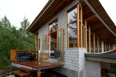 Want to stay here......Bluffs on Bowen, views forever, spectacular sunsets - Vacation Rentals in Bowen Island, British Columbia - TripAdvisor