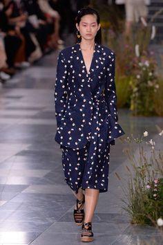 Paul Smith Spring 2017 Ready-to-Wear Collection Photos - Vogue