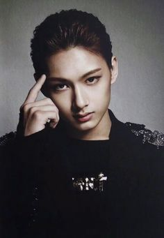 what oh my god JUN is not my bias BUT OH MY GOD #wrecked