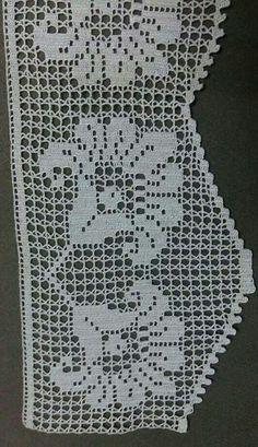 This Pin was discovered by naz Crochet Boarders, Crochet Lace Edging, Unique Crochet, Crochet Blouse, Thread Crochet, Love Crochet, Crochet Hooks, Crochet Patterns, Knit Crochet