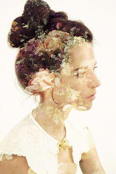 Preciosa y etérea fotografía de Vallivana Gallart para una novia  #fotografiadenovia #fotografia