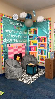 Classroom - This cozy reading corner would look perfect in a school library or classroom reading schoollibrary Reading Corner Classroom, Classroom Design, Classroom Displays, Future Classroom, Classroom Organization, Classroom Management, Kindergarten Classroom Setup, Kindergarten Reading Corner, Classroom Decoration Ideas
