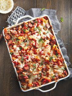 Rigatonis au chorizo au four - Châtelaine Confort Food, Pasta, Rigatoni, Vegetable Pizza, Italian Recipes, Macaroni, Good Food, Food And Drink, Favorite Recipes