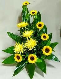 Altar Flowers, Church Flowers, Funeral Flowers, Silk Flowers, Deco Floral, Arte Floral, Floral Design Classes, Large Flower Arrangements, Decoration Table