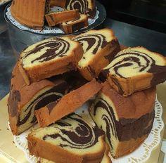 Marmer Cake, Bolu Cake, Cake Receipe, Indonesian Desserts, Resep Cake, Classic Cake, Pastry Cake, Cake Cookies, Yummy Cakes