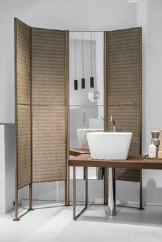 Screen SHADE by MAKRO | #Design Marco Taietta #bathroom #Japanese