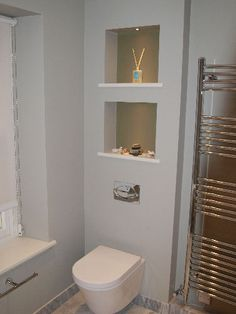 Trendy Bathroom Storage Ideas Over Toilet Mirror Ideas Wall Storage Shelves, Toilet Shelves, Bathroom Shelves Over Toilet, Downstairs Toilet, Toilet Storage, Hidden Storage, Shelving, Bathroom Mirror Storage, Bathroom Niche