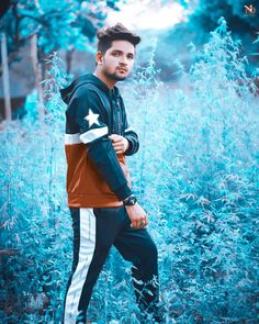 Be alone, that is when new idea is born . Blur Background In Photoshop, Dslr Background Images, Picsart Background, Best Free Lightroom Presets, Lightroom Photo Editor, Photoshoot Pose Boy, Photo Poses For Boy, Best Photo Background, Boy Photography Poses