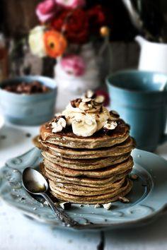 Pratos e Travessas: Panquecas de centeio integral e ricotta # Whole rye, ricotta pancakes   Food, photography and stories