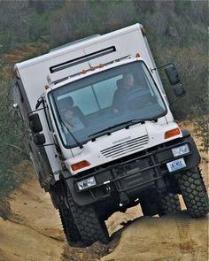 Mercedes Unimog Overland 4x4 Camper
