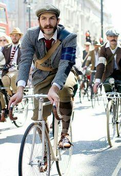 Tweed Run London