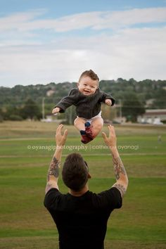 Father and son photo. 6 month old photography. #photography #idea