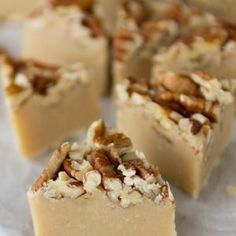 Low Carb Cream Cheese Fudge is one of my favorite low carb treats. You can have your sweets without guilt with this yummy fudge recipe. Fudge Recipes, Dessert Recipes, Desserts, Yummy Recipes, White Chocolate Chips, Pecan, Pie, Cheese, Baking