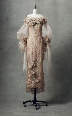 Eid Dresses, Royal Dresses, Modest Dresses, Wedding Dress Bustle, Muslimah Wedding Dress, Wedding Dresses, Elegant Dresses Classy, Pretty Dresses, Ball Gowns Fantasy