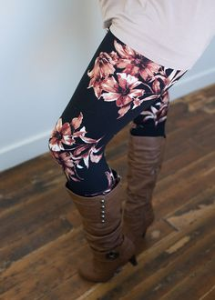 Boutique, Online Boutique, Womens Boutique, Modern Vintage Boutique, Leggings, Floral Leggins, Black Leggings, Fitted Leggings, Cute, Fashion Leggings - http://amzn.to/2id971l