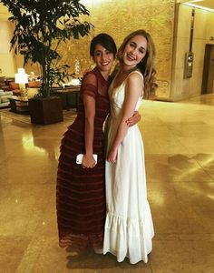 Images and videos of martina stoessel Beverly Hilton, The Beverly, Disney Channel, Violetta Disney, Clara Alonso, Youtubers, Ambre, Mercedes, Bridesmaid Dresses