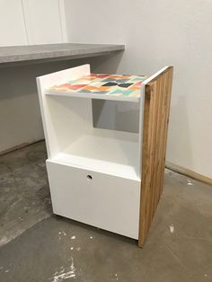 DIY Rolling Printer Filing Cabinet - Hides files and printer away when not in use. Check out the BEFORE