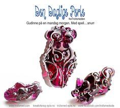 Goddess, lampwork Lampwork godess bead by Trollsmed Fire Clay, Bead Shop, Handmade Beads, Clay Beads, Henna, Glass Art, Cufflinks, Accessories, Etsy