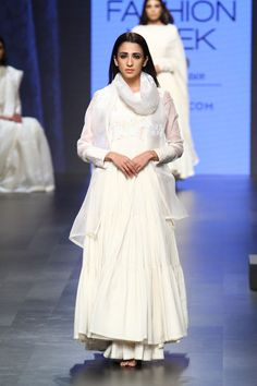 LFWSR17- Gaurang Need her entire gorgeous collection in my closet.. - Indian wear -  LFWSR17- Gaurang Need her entire gorgeous collection in my closet..  -