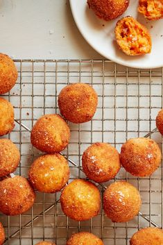 Croquettes Recipe, Potato Croquettes, Appetizer Recipes, Appetizers, Mashed Sweet Potatoes, On Repeat, Sweet Potato Recipes, Cheddar, Cooking Recipes
