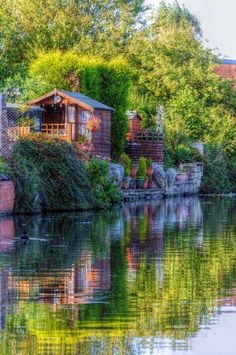 Canal summer house