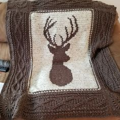 This Deerly Beloved Crochet Blanket Pattern has been a best seller for Sweet Patterns and you are going to love it. Bobble Stitch Crochet, C2c Crochet, Manta Crochet, Afghan Crochet Patterns, Crochet Hooks, Knitting Patterns, Crochet Afghans, Christmas Crochet Blanket, Baby Blanket Crochet