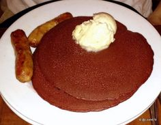 The red velvet pancakes w/ cream cheese topping at Kona Cafe (Disney's Polynesian Resort) did not disappoint!