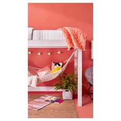 Lofted beds provide just enough space for a cozy nook at college. Hang a hammock and add a rug, chair, lamp and some magazines. Perfect for entertaining, or more preferably, studying. My New Room, My Room, Girl Room, Casa Kids, Diy Hammock, Hammock Ideas, Room Hammock, Hammocks, Cozy Nook