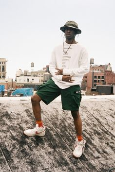 Martin Mougeot Shoots an Archival Editorial of Grails in NYC: Bloody Osiris re-emerges with the infamous Pastelle jacket. Streetwear Shorts, Mode Streetwear, Streetwear Fashion, Summer Outfits Men, Short Outfits, Black Women Fashion, Mens Fashion, Style Fashion, Fashion Tips