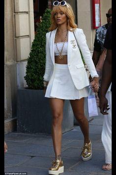 Rihanna heading to the French Open head to toe in Chanel Mode Rihanna, Rihanna Riri, Rihanna Style, Rihanna Blonde, Rihanna Outfits, Fashion Outfits, Womens Fashion, Fashion Trends, Looks Rihanna