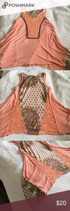 BKE Tank Top BKE Tank Top, long sides. Perfect with jeans, shorts, leggings, etc. size S. worn a few times, but in great condition BKE Tops Tank Tops