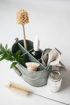 zero waste cleaning ebook - A Greener life - LILO - zero waste cleaning ebook - A Greener life zero waste cleaning recipes available here>> - Deep Cleaning Tips, Cleaning Recipes, House Cleaning Tips, Natural Cleaning Products, Spring Cleaning, Cleaning Hacks, Cleaning Supplies, Green Cleaning, Diy Hacks
