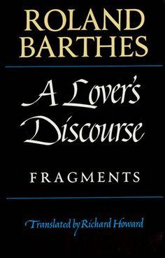 "Traducido al español como ""Fragmentos de un discurso amoroso""."