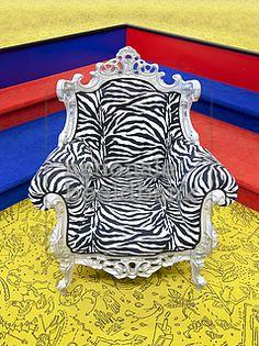 kitsch-chair or design?