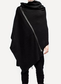 DANIEL ANDRESEN, ABITO ZIP SCARF: giant zip scarf cape thing? yes.