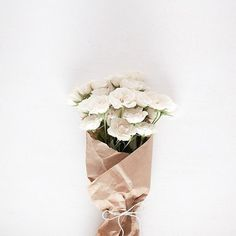 There is something about flowers wrapped in brown paper that I absolutely love!