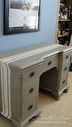 Grain Sack Desk {Annie Sloan Chalk Paint}
