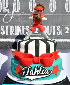 Slammin' Softball Birthday {Tween Party} // Hostess with the Mostess® Softball Birthday Parties, Softball Party, Baseball Party, Baseball Cakes, Softball Stuff, Softball Mom, Softball Clothes, Softball Uniforms, Softball Cheers
