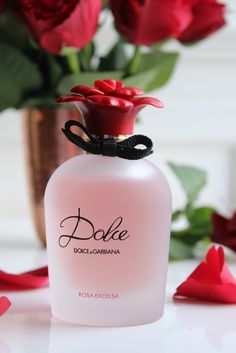 Just in time for Valentines day there is a brand new, rose tinged Dolce and Gabbana fragrance - a gentle yet bright floral scent that is both classic and romantic. Forget a dozen long-stemmed roses, t