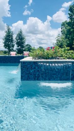 Swimming Pool Tiles, Swiming Pool, Swimming Pools Backyard, Swimming Pool Designs, Swimming Pool Waterfall, Backyard Pool Landscaping, Backyard Pool Designs, Swimming Pool Architecture, Pool House Designs