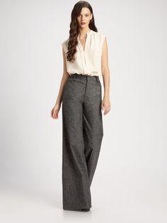 https://cdnd.lystit.com/photos/2013/04/17/derek-lam-black-flared-trousers-product-3-7894076-822769549.jpeg