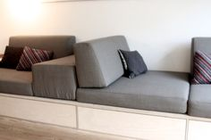 24 Easy Ideas to Create Your Own Sofa Modular Furniture, Sofa Furniture, Furniture Design, Steel Furniture, Luxury Furniture, Furniture Ideas, Homemade Sofa, Homemade Furniture, Sofa Table With Storage