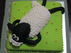 Shaun the Sheep Cake - I love Shaun the Sheep!