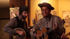 Knoxville's Americana Rhythm 'N Blooms Festival brings musicians from all over the world to Knoville. Dom Flemons - San Francisco Baby (Live @ Rhythm N' Blooms 2014)
